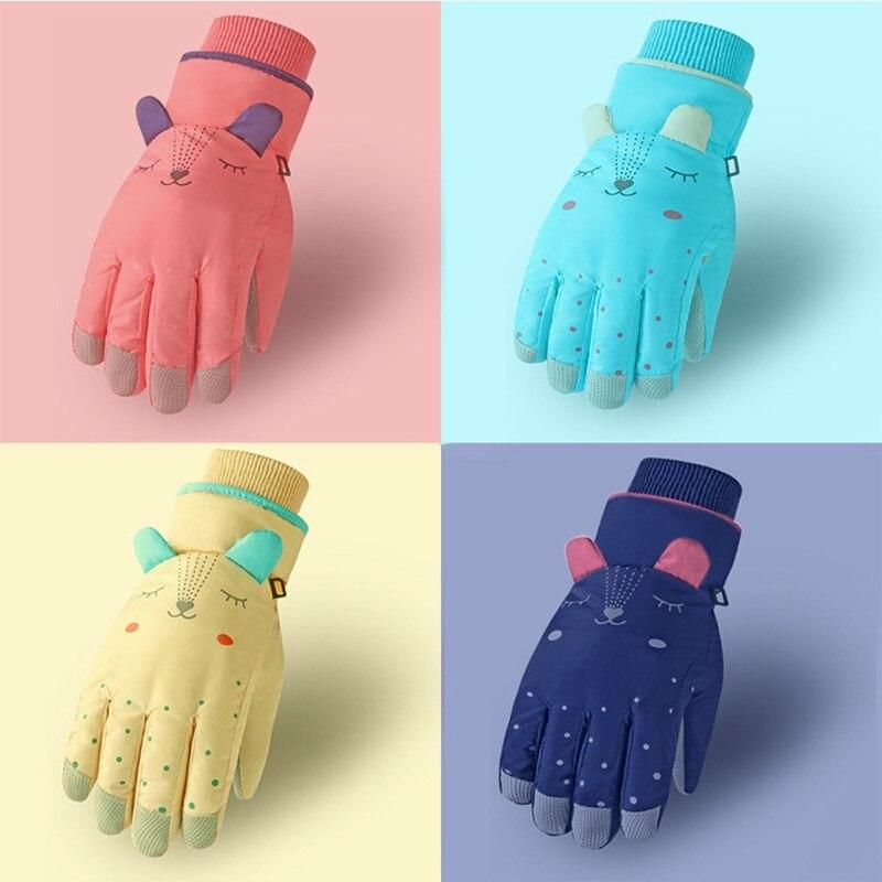 Детские зимние водонепроницаемые зимние перчатки, Детские теплоизолированные ветрозащитные спортивные варежки с мультяшными ушками для с...