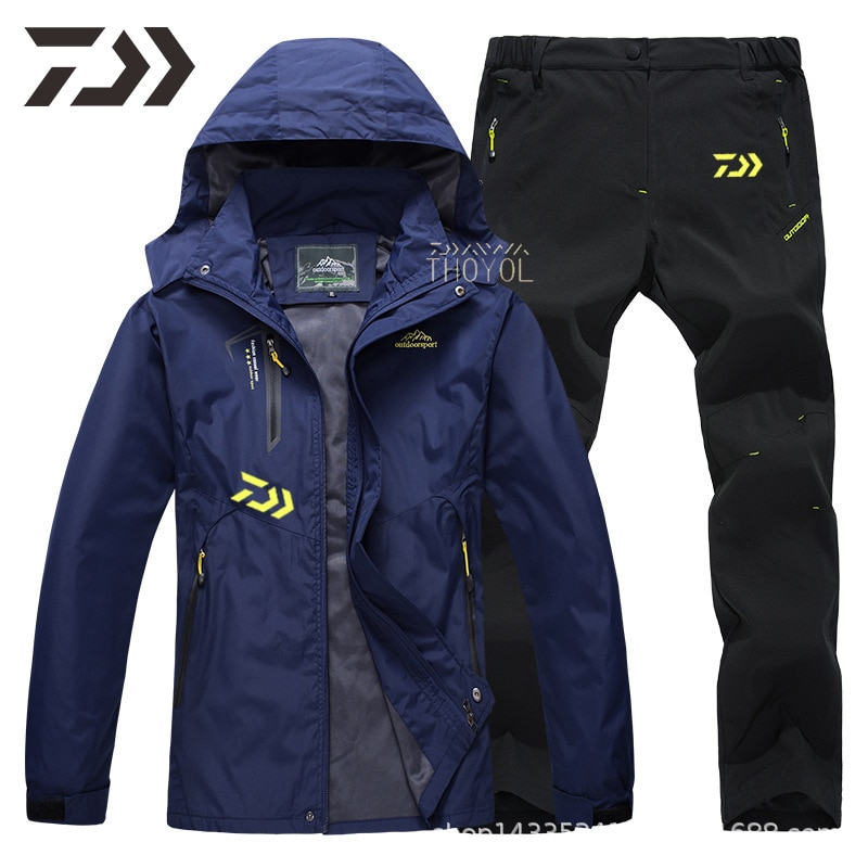 DaiwaFishing Clothing Men waterproof Hooded Outdoor mountaineering Thermal fishing jacket Windproof  fishing clothes soft shell enlarge