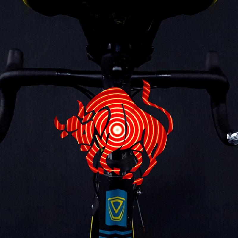 Luz trasera inteligente CYCPLUS para bicicleta, luz trasera para motocicleta, luz trasera de Control remoto, patrón Variable DIY