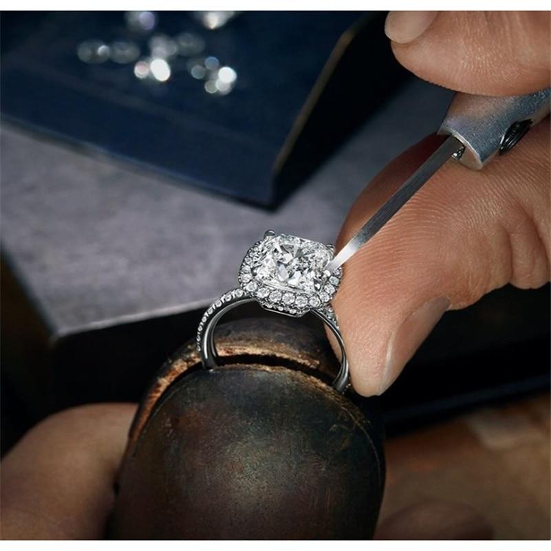 Женское-кольцо-из-серебра-925-пробы-с-бриллиантами