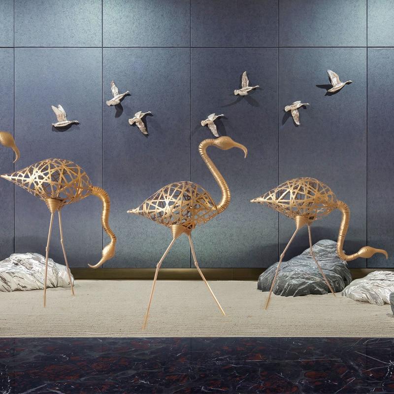 Garden Sculpture Decoration European-style Metal Outdoor Floor Ornaments Wrought Iron Flamingo Wedding Props