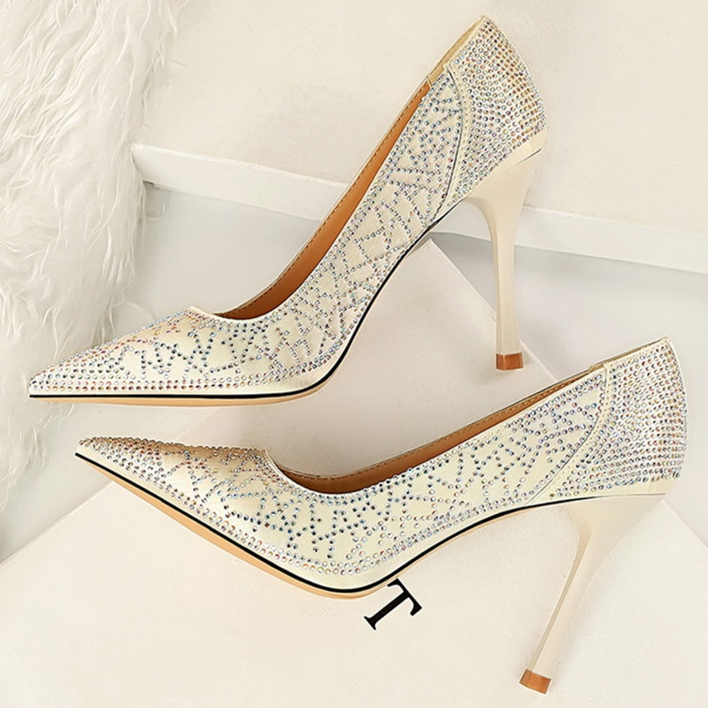2020 mujeres elegantes Giltter cristal tacones altos bombas blanco rosa tacones Cenicienta zapatos Rhinestone zapatos de novia de talla grande