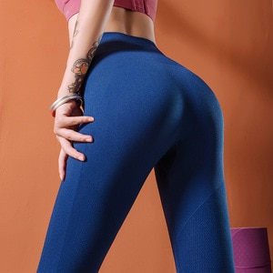 New Hip Fitness pants Women Seamless High Waist Tight yoga pants quick-drying breathable Cropped pants High Waist Solid Leggings