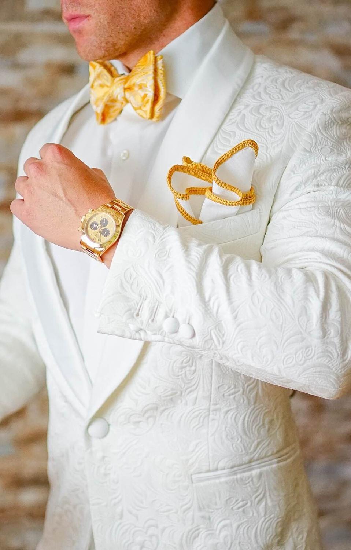 New Classic Design White Paisley Groom Tuxedos Groomsmen Shawl Lapel Best Man Suit Wedding Men's Blazer Suits (Jacket+Pants