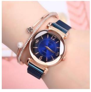 1PC Women Watch Fashion Wild New Watch Magnet Buckle Luxury Fashion Ladies Geometric Roman Numeral Quartz Movement Watch enlarge