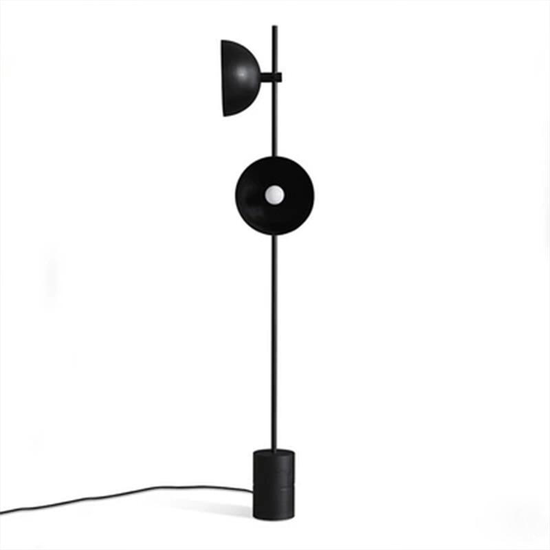 مصباح قائم بذاته من الرخام الأسود الاسكندنافي ، تصميم إسكندنافي ، إضاءة زخرفية داخلية ، مثالي لغرفة المعيشة أو غرفة النوم.