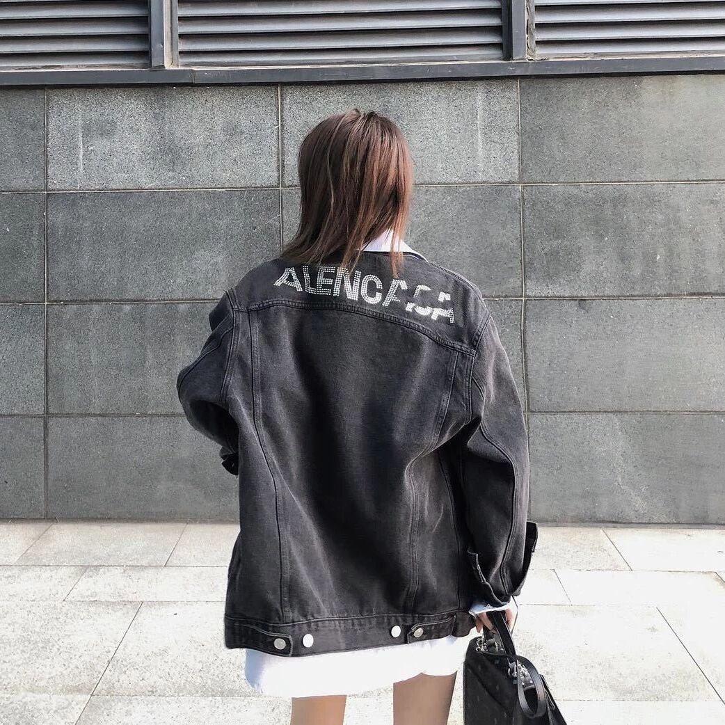 Демисезонные женские джинсовые куртки с надписью и коллажем, черные джинсовые женские ковбойские пальто, верхняя одежда большого размера, ...