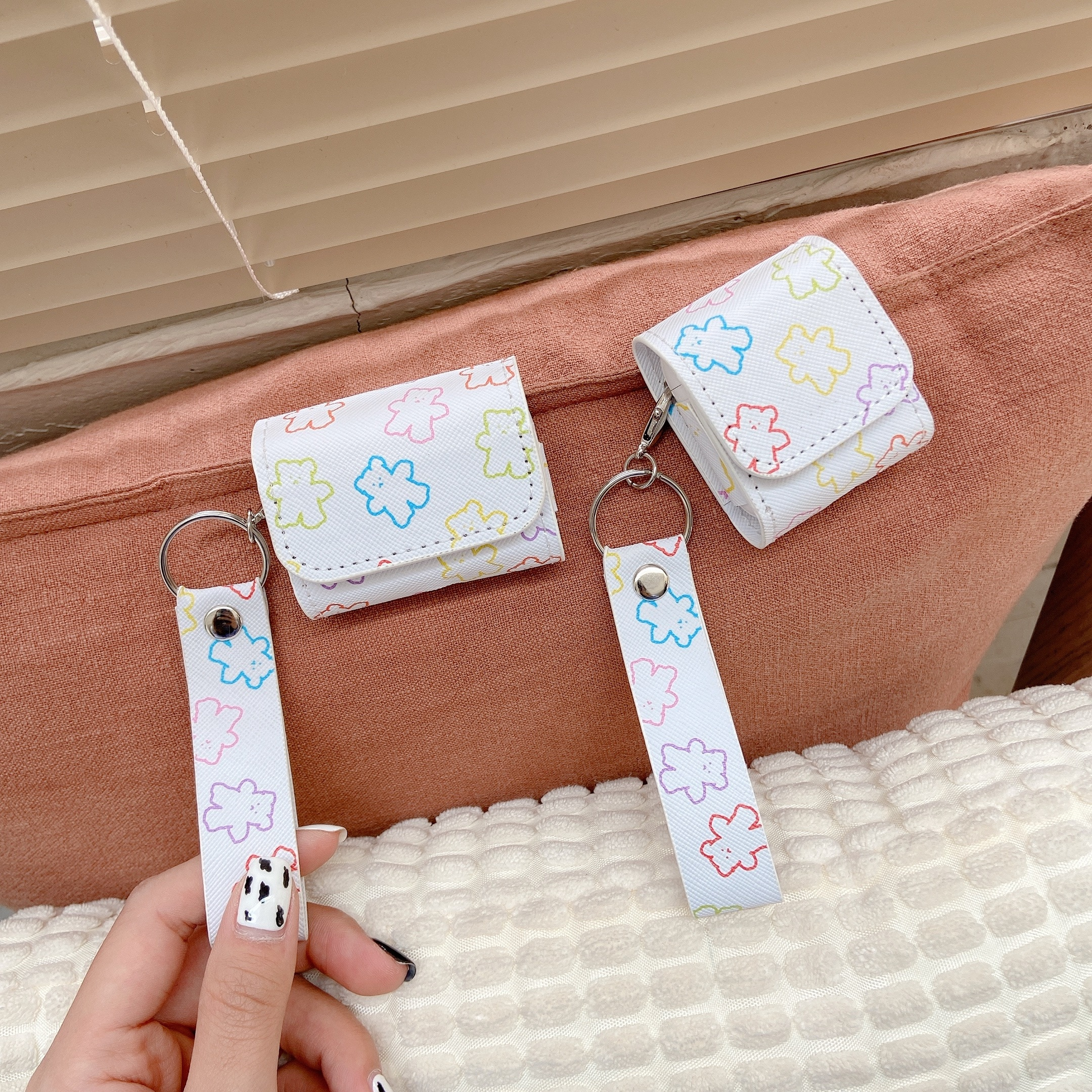 Cartoons Bear Leather Bluetooth Wireless Earphone Case For AirPods 1 2 Protective Cover Bags for Apple Air Pods pro Charging Box enlarge