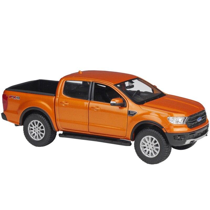 Ford Ranger-coche de lujo de Metal, juguete de colección, regalo de Navidad,...
