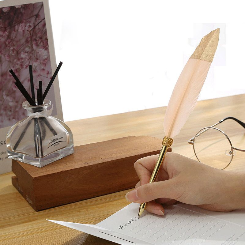 1Pc 0,7mm de oro lindo pluma bolígrafo plumas Kawaii peluche bolígrafos para escribir en la oficina de la escuela suministros papelería caja de regalo