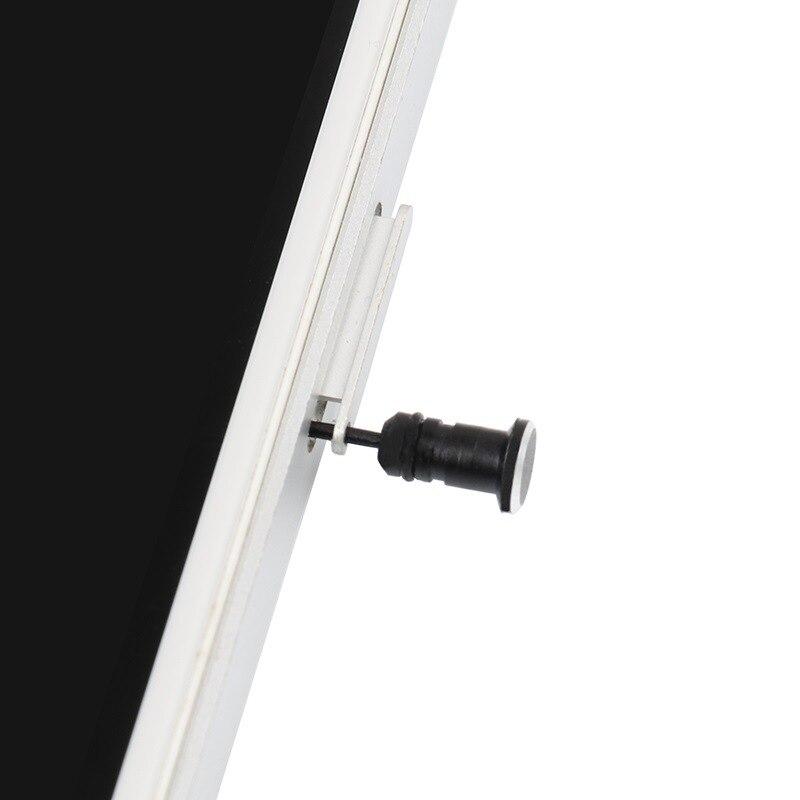 Пылезащитная заглушка разъёма для наушников 3,5 мм-4