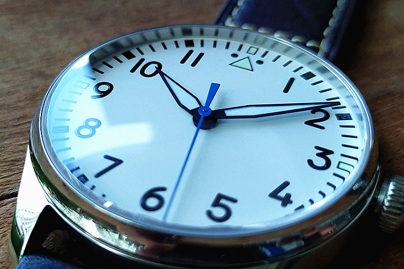 Sapphire crystal or Mineral glass no logo white dial Japanese VH31 Quartz movement luminous men's watch GR130-20