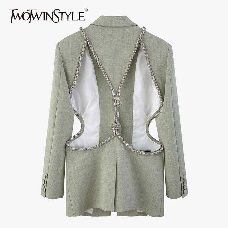 TWOTWINSTYLE سترة النساء المجوفة ذات اكمام طويلة سترات كورية غير رسمية للنساء موضة ربيع 2021 ملابس جديدة