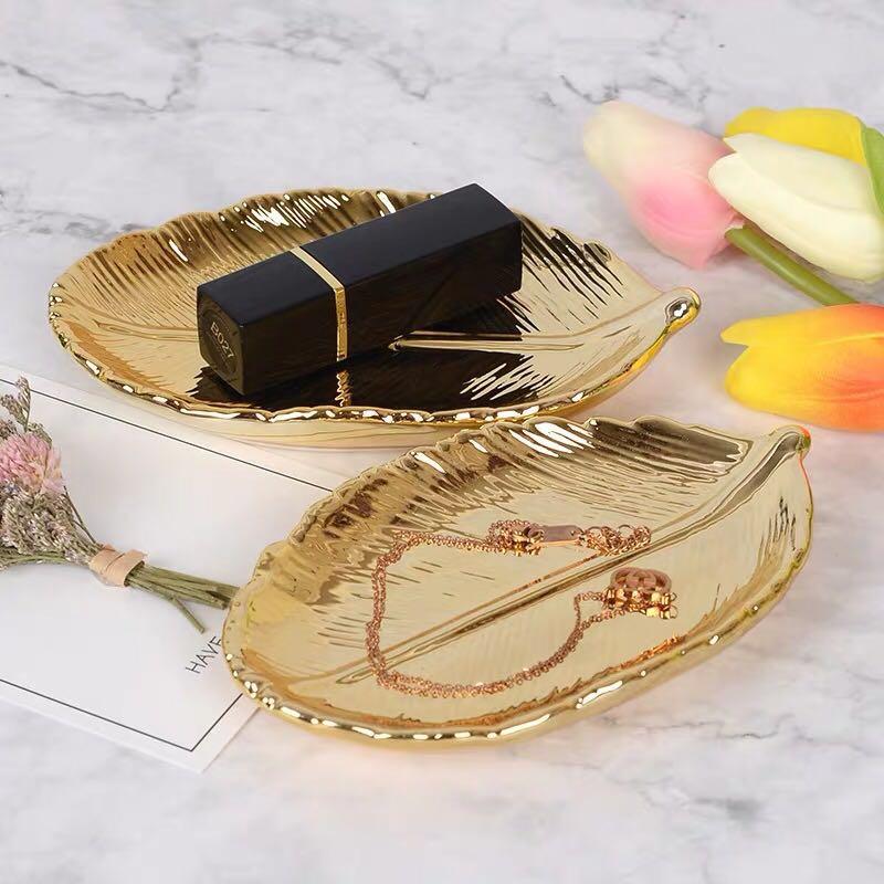 Plato de cerámica de hoja de oro decorativo, plato de porcelana, baratija, plato para servir fruta, bandeja de almacenamiento, vajilla de vajilla