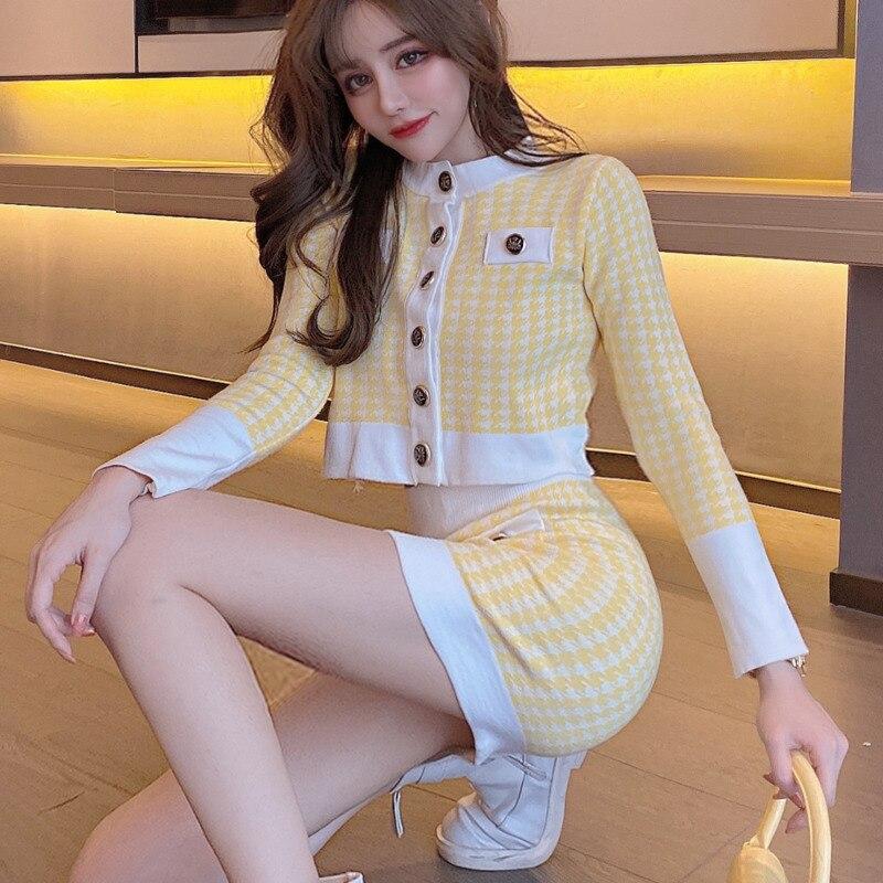 2020 ربيع الخريف الكورية اليابانية 2 قطعة مجموعة النساء قصيرة طويلة الأكمام محبوك سترة + Bodycon البسيطة تنورة مجموعة عرق الدعاوى النساء