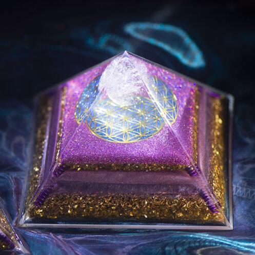 Natural Crystal Orgonite Energy Generator Gravel Healing Dance of Venus Pyramid Improve Wealth and Interpersonal Relationship