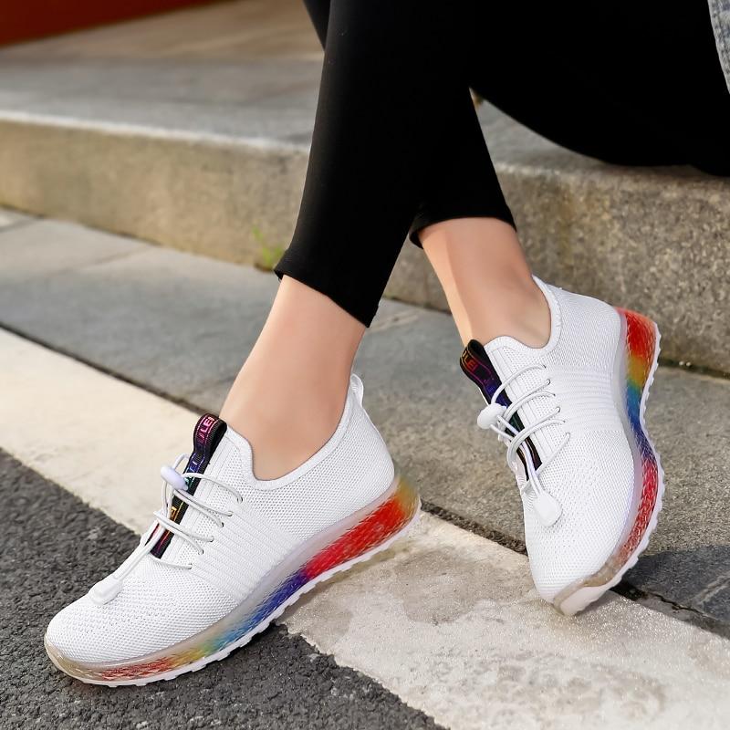 Zapatillas de deporte para mujer, novedad de 2020, zapatillas deportivas para correr, calzado deportivo para correr al aire libre, bonitas suelas coloridas para mujer