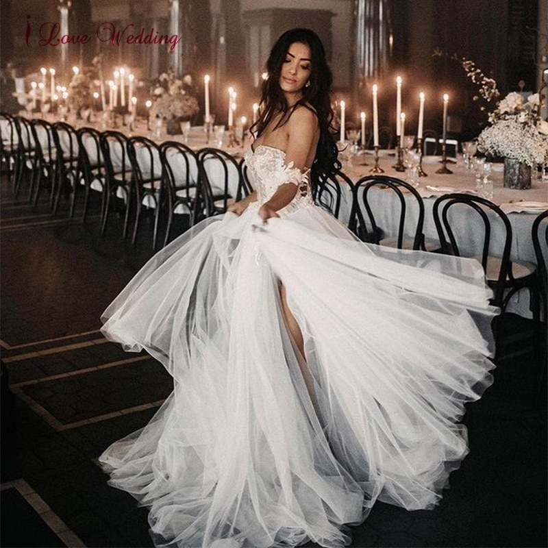 Promo Sexy Sweetheart A Line Wedding Dresses Off Shoulder Tulle Lace Appliques 3D Floral Sleeveless Bridal Gowns Womens Formal 2021