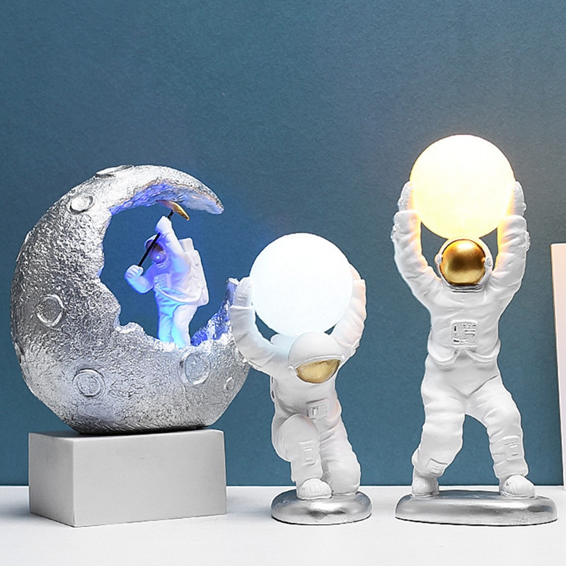 Nordic Creative Astronaut Spaceman Figurine Modern Home Children Bedroom Nightstand Night Light Decoration X4910