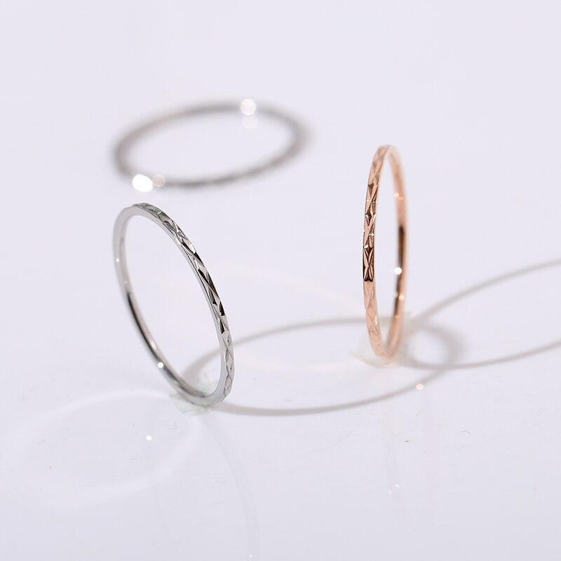 YUN RUO Simple Glint brillo pareja anillo Rosa oro moda 316 titanio acero joyería Regalo de Cumpleaños mujer nunca se desvanece Envío Directo