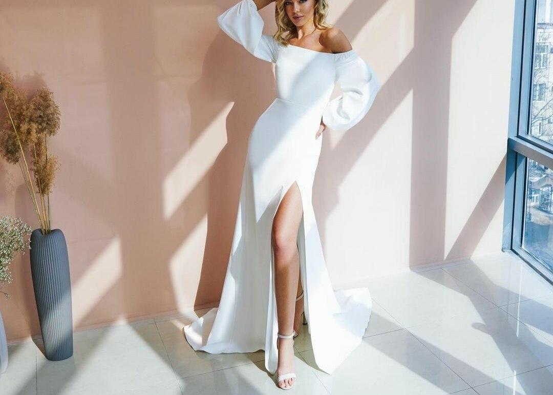 Review Elegant Long Sleeve Boat Neck Wedding Dresses with Slit A-Line Button Back Ivory Satin Brautkleider Robes de Soirée for Women