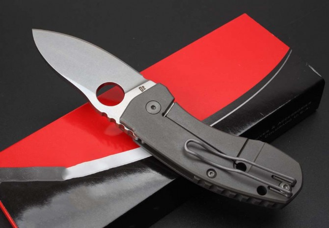 New Mini High Quality Titanium Alloy Folding Knife Stone Wash D2 Blade Outdoor Safety-defend Pocket Knives  Portable EDC Tool enlarge