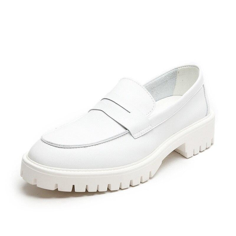 Фото - Женские кожаные туфли на толстой подошве, весенние туфли в британском стиле, модные кожаные туфли, женские туфли больших размеров 44 carlabei туфли carlabei ha833 121 q466