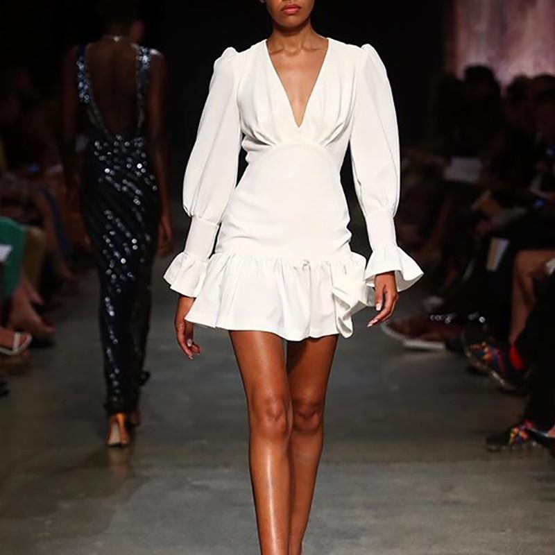 فستان صيفي عتيق 2021/41358 بياقة دائرية وفتحة رقبة شكل V أبيض
