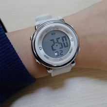 Dijital spor saatler kadın su geçirmez kol saati kadın LED elektronik saat için kadınlar açık koşu saat Relogio Feminino