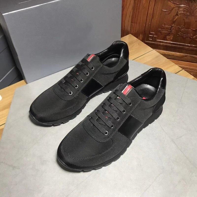 2021 موضة أحذية رجالي جلد فاخر حذاء كاجوال مساعدة منخفضة التعادل في الهواء الطلق عادية الشباب الأسود نايلون الحركة الأحذية