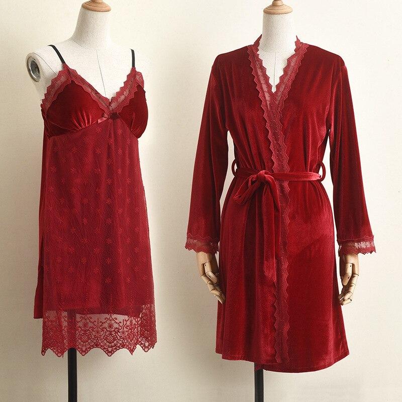 المخملية العروس وصيفه الشرف ملابس خاصة Bathrobe رداء الزفاف ثوب النوم مجموعة الخريف الشتاء ملابس النوم ثوب النوم الإناث ملابس المنزل