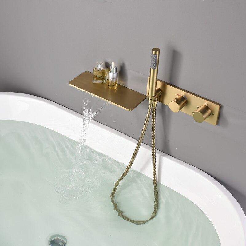 حوض استحمام للاستخدام في الحمام صنبور مجموعة فرشاة الذهب أخفى مربع دش ثرموستاتي صنبور مجموعة