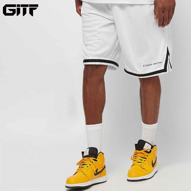 GITF 2019 New Breathability Loose Sports Shorts Man Gym Fitness Knee Length Sweatpants Male Jogger Workout Running men shorts