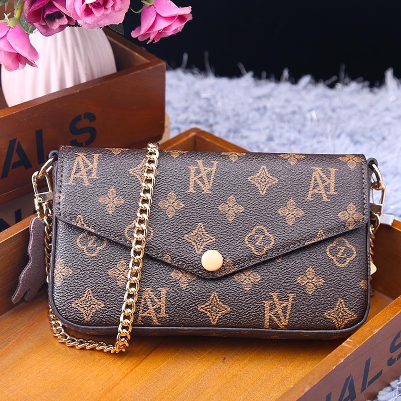 2021 موضة جديدة رائجة البيع السيدات صندوق مربع صغير شعبية الرجعية حقيبة ساعي تصميم فاخر مطبوعة حقيبة يد محفظة جلدية Gg Cc