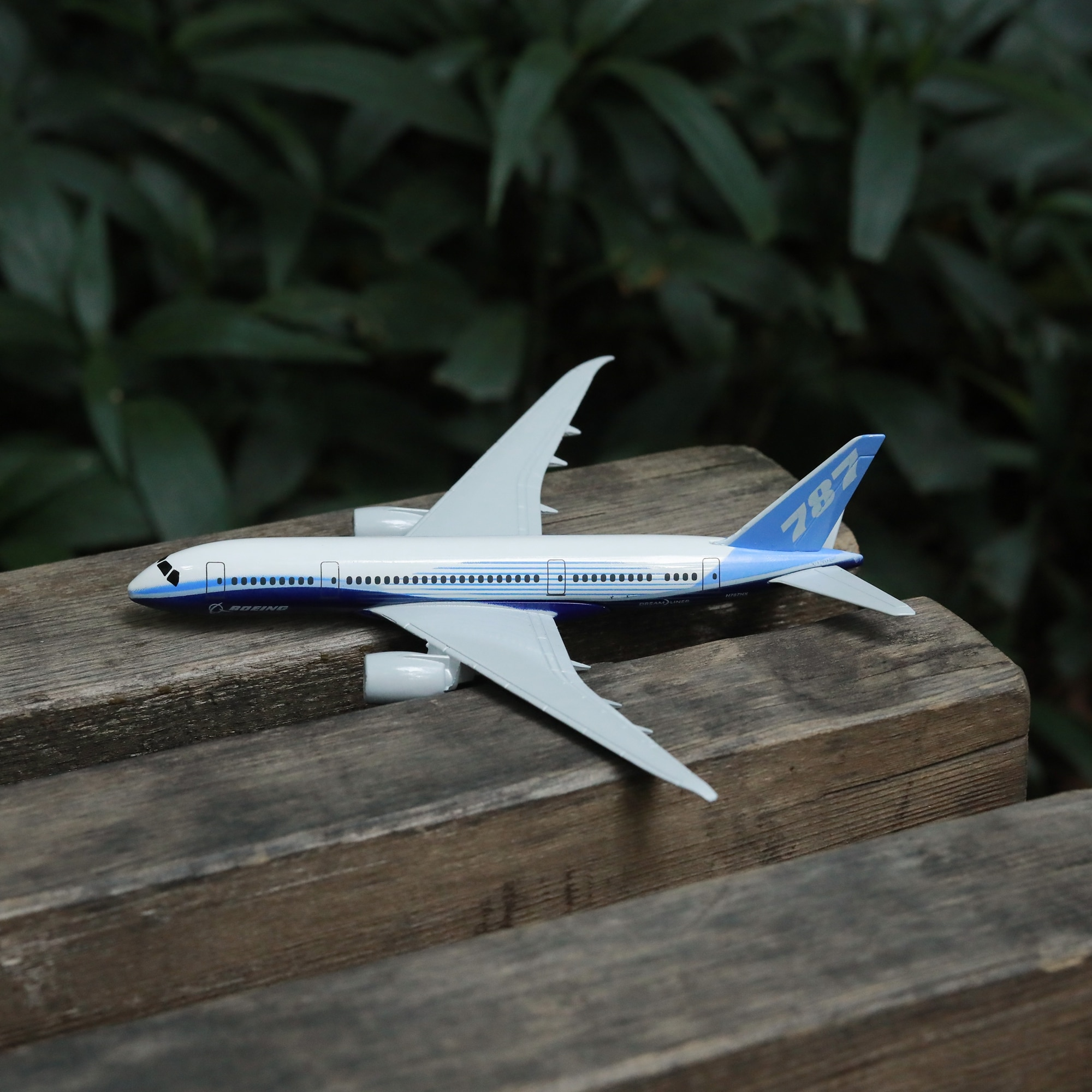 Boeing 787 Prototype Airplane Diecast Aircraft Model 6 Metal Plane Aeroplane Home Office Decor Mini Moto Toys for Children air france a380 airplane diecast aircraft model 6 metal plane aeroplane home office decor mini moto toys for children