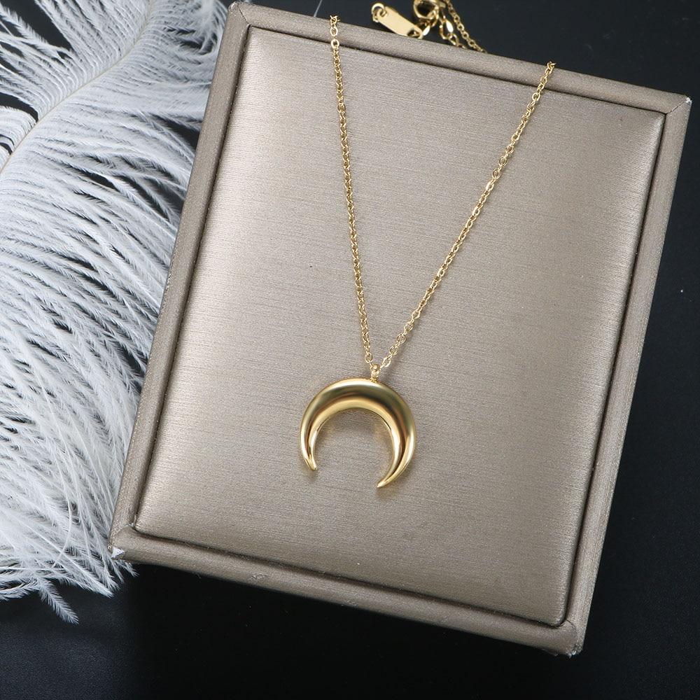 ZMFashion Korean Simple Crescent Moon Pendant Women's Necklace Stainless Steel Aesthetic Choker Chai