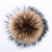 Nature 14cm real raccoon fur pom poms for knittted beanies caps  Pompoms for Skullies hats gorros