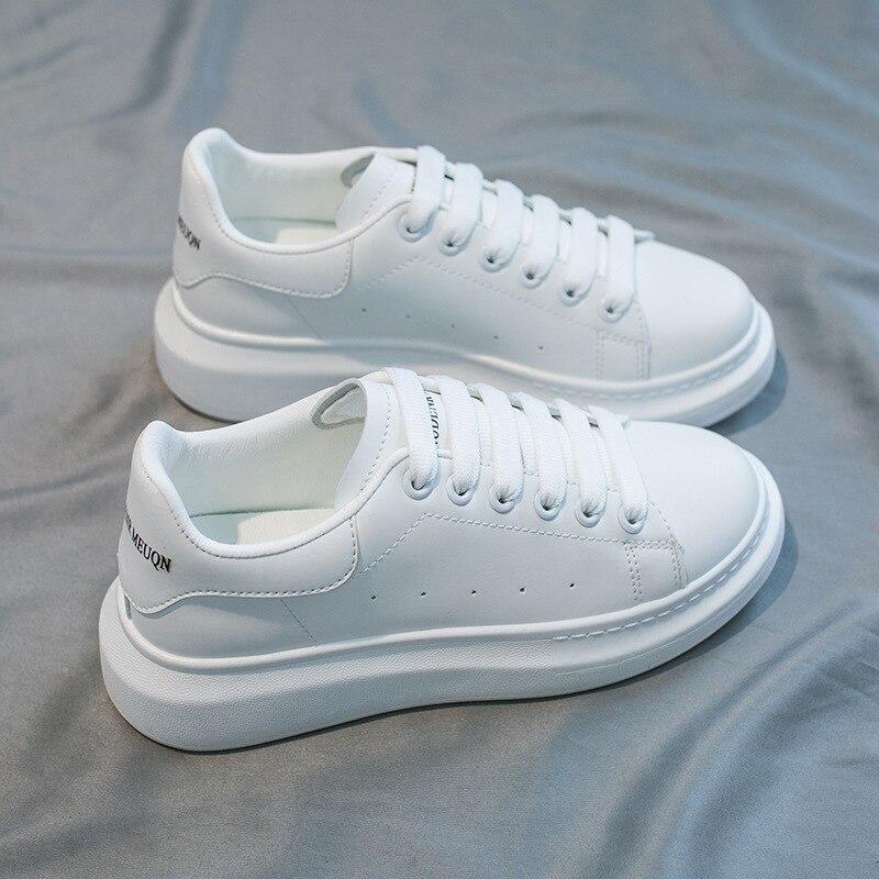 Marca de Luxo das Sapatilhas para Mulheres Primavera Sapatos Lisos Chunky Heel Plataforma Femininos Tênis 2021