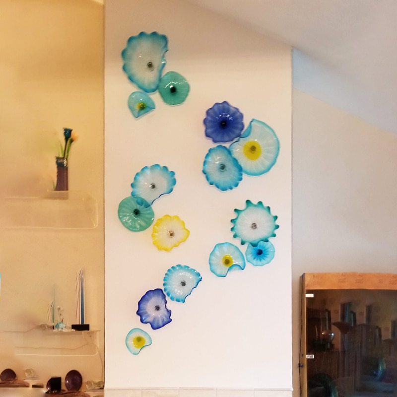 Nordic Ocean Hues Murano Flower Plates Wall Art Blue Art Decor 100% Hand Blown Glass Hanging Plates Wall Art with Scallop Edge