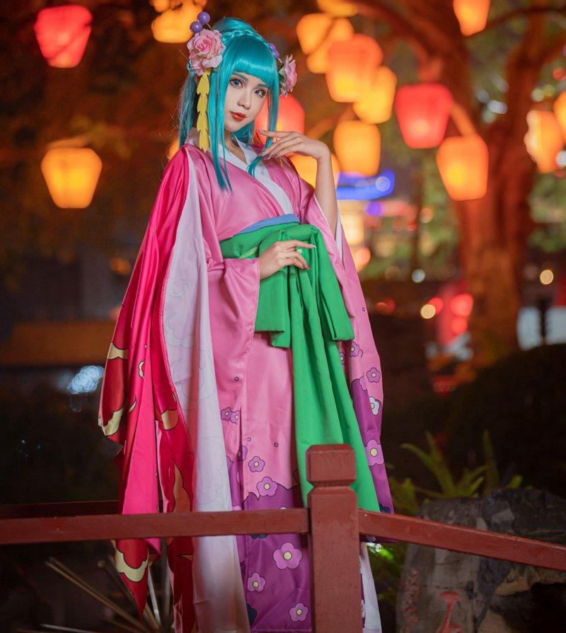 زي تنكري ياباني قطعة واحدة من وانو كونتري كوزوكي هيوري كيمونو يوكاتا رداء حمام نسائي فاخر مخصص للهالوين