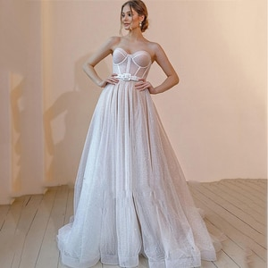 2021 New Glitter A Line Wedding Dresses Sweetheart Boning Fitted Bridal Gown Custom Made Beach Bride Dress Plus Size