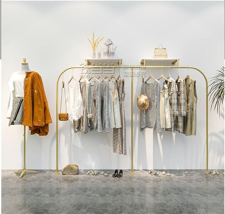 رف عرض لمتجر الملابس ، رف عرض ملابس ذهبي ، معلق على الحائط للنساء ، شماعات بسيطة ، دعم التخصيص