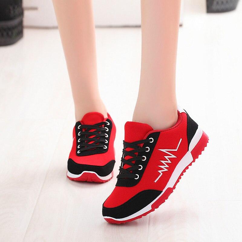 Sapatos de Cunha Femininos de Luxo Mulher Nova Malha Sapatos Designers Rendas Vermelho Preto Feminino Tênis Casuais Chaussures Femme Cesta