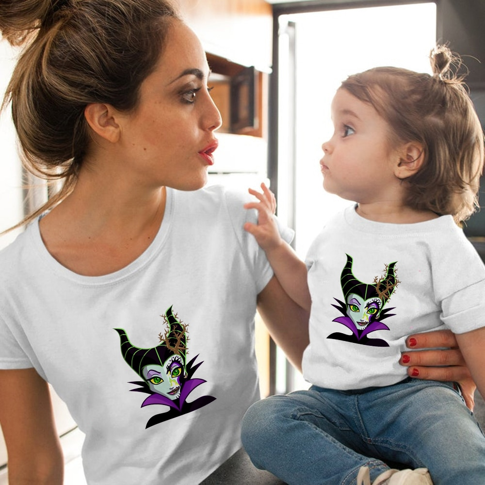 Купить с кэшбэком Disney Mother and Daughter T-Shirt Girl Summer Spanish Vogue Baby Maleficent Clothes Equal Family Matching Outfits Ropa Mujer