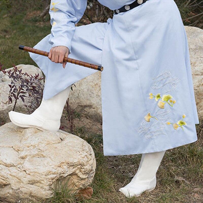 حذاء المحارب القديم من القماش ، إكسسوارات تنكرية ، ريترو ، عتيق ، ثور ، تنكر ، تنكر