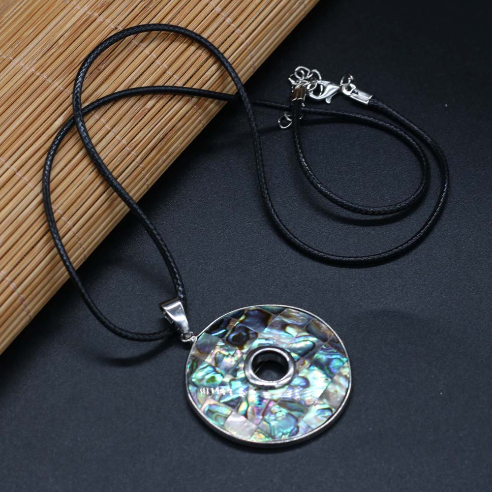Fashion Jewelry Natural Abalone Shell Pendants Necklace Vintage Round Circle Hollow Seashell Charms Necklaces for Women Gift  - buy with discount