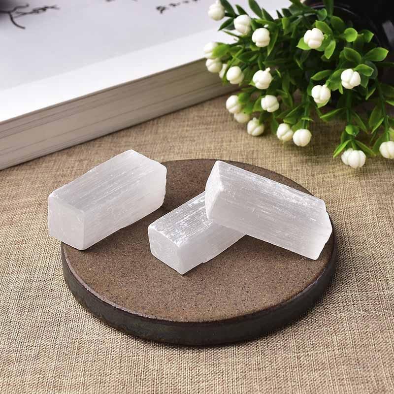 Piedra Natural blanca de selenita de yeso, rebanada de cuarzo mineral crudo, piedra curativa de punto Reiki DIY Gifi