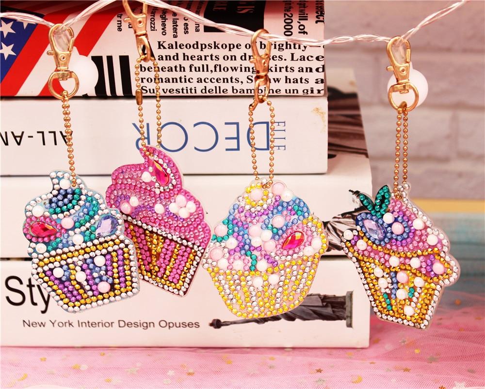 HUACAN, llavero Forma especial con pintura de diamantes, llavero bordado de diamantes, bolso, accesorios de mosaico de diamantes
