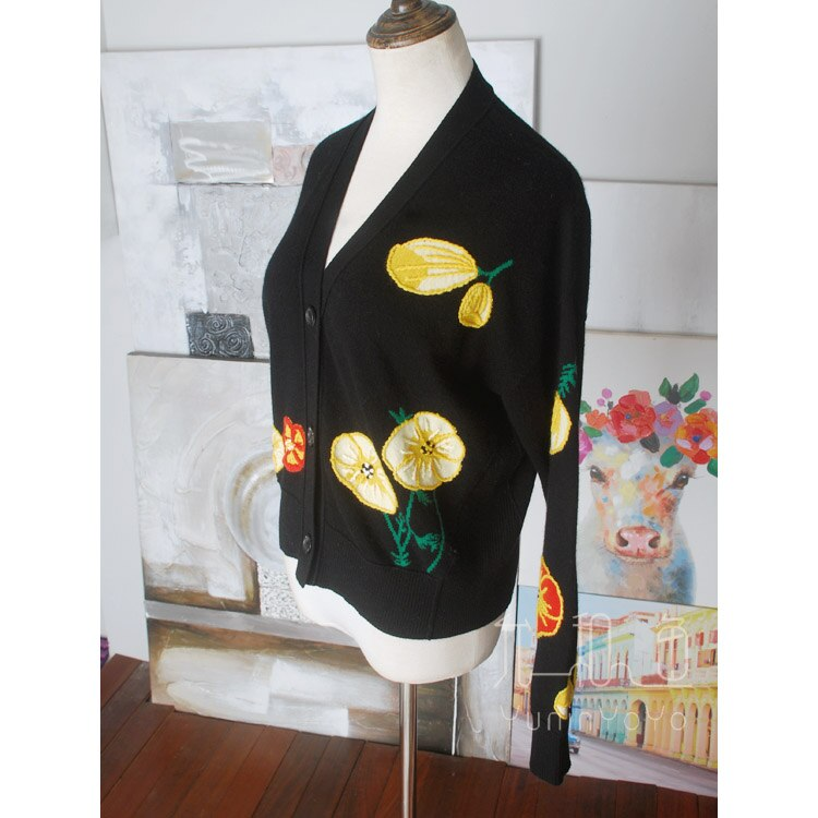 Amazing the whole winter overweight hand-made flower embroidery three-dimensional ball stamen cashmere knitted cardigan women's enlarge