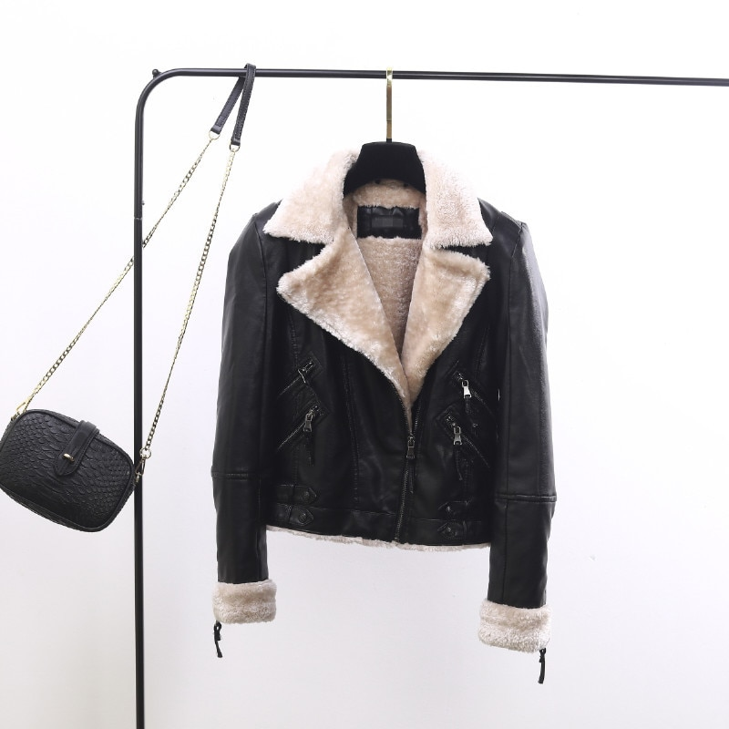 2019winter new lamb Sheepskin Coat female fashion casual Biker Jacket Women short slim lapel short Fur Coat Leather Jacket Women enlarge